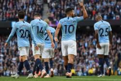 El City derrotó 2 a 0 al Brighton And Hove y alcanzó en la punta a Liverpool.