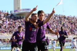 Con poca lucidez, mucha efectividad y un penalti más que dudoso para abrir la lata, la Fiorentina venció al Atalanta.
