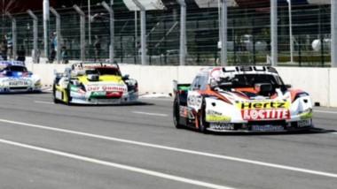 Juan Cruz Benvenuti en la primera posición, seguido de Joel Gassmann y el comodorense Gustavo Micheloud.