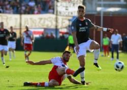 Estudiantes no pudo superar en los 90 minutos a Luján, pero por penales ganó 4 a 1.