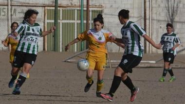 Germinal derrotó el pasado sábado a La Ribera por 2-1 en su cancha auxiliar.  El domingo recibe a Alumni.