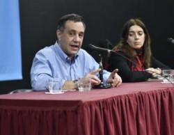 Alejandro Finocchiaro, ministro de Educación de la Nación, y Danya Tavela, Secretaria de Políticas Universitarias.