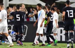 El primer equipo de la era Scaloni goleó en el debut a Guatemala.