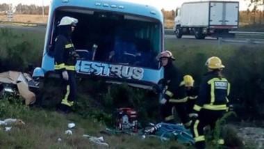 Fatal. Tres personas fallecieron en el accidente.  El gobierno chubutense se puso a disposición.