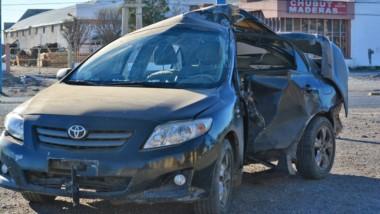 El automóvil quedó con severos daños mientras que su conductor salió iileso. Hubo test de alcoholemia.