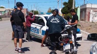 Los dos menores fueron interceptados inmediatamente tras el robo.