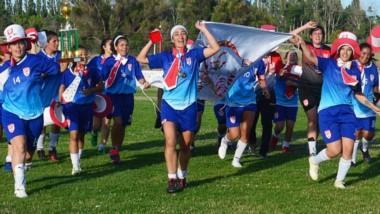 Huracán conquistó el Clausura femenino de la Liga del Valle sin ceder un punto en su camino al título. Ganó los catorce partidos que disputó.
