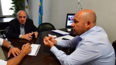 La reunión con el intendente para planificar los trabajos y obras que se van a realizar.
