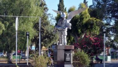 En la plaza San Martín volverá a realizarse el acto en homenaje a los mártires de Puerto Madryn.
