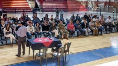 Multiplicadores. Salud reunió a varias instituciones en Esquel para contestar todas sus dudas y difundir datos oficiales sobre el hantavirus.