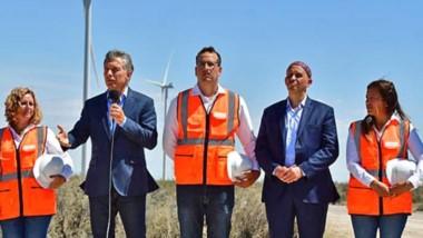Al igual que el año pasado, el presidente Macri estuvo de visita en Chubut para la inauguración de un parque eólico.