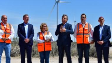 Más críticas. De nuevo el presidente Macri dio en Chubut un discurso con imprecisiones y sin soluciones.