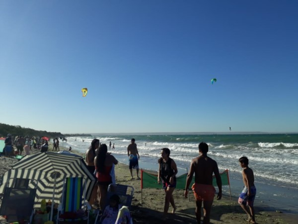 En Madryn los kitesurfistas protagonizaron dos rescates