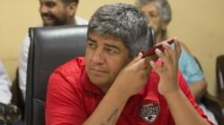 Pablo Moyano, vice del Rojo, descartó pagar 6 millones de dólares por el colombiano Nicolás Benedetti.