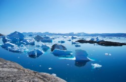 El hielo de Groenlandia se está derritiendo más rápido de lo que los científicos pensaban.