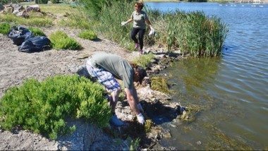 Se limpia periódicamente la zona de la Laguna, pero se requiere de mayor compromiso de la comunidad.