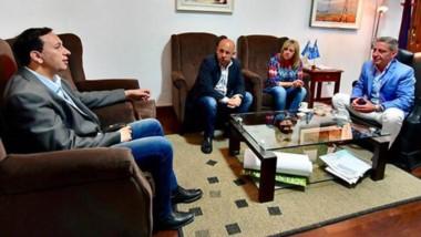 Adentro. La intendente de Rawson, Rossana Artero, otra de las intendentes que se suma al frente electoral.
