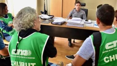 Verdes. Los referentes de ATE explicaron su conflicto al municipio.