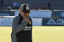 Potros derrota a los Dorados de Maradona, que estuvo presente en el encuentro de su equipo que no han logrado sumar en el Clausura 2019.