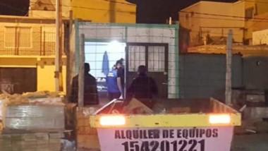 El individuo quiso escapar por el Barrio 630 pero fue interceptado.