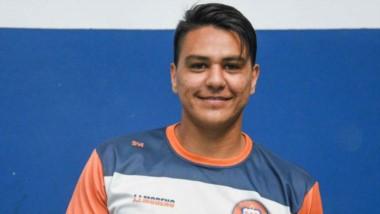 Rodrigo Linares sonríe en Puerto  Madryn por haber convertido el gol del triunfo ante USMA.