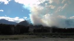 El viento y la temperatura complican el combate del fuego