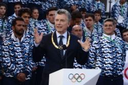 Por decreto Macri eliminó la Secretaría de Deportes, la reemplazó por una agencia autárquica y avanza en la privatización del área.
