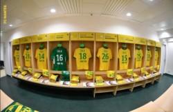 En el partido entre Nantes y Saint Ettiene todas las camisetas teuvieron el apellido del argentino.