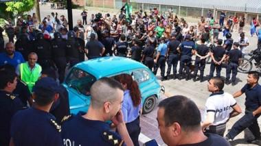 La Policía será la encargada de custodiar que los manifestantes no se acerquen a los locales comerciales.