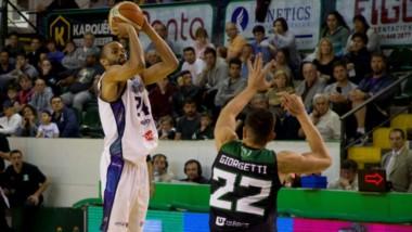 Gimnasia en Comodoro Rivadavia dejó atrás la reacción de Bahía Basket cuando promediaba el juego y en el Socios le ganó 79 a 61.