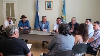 El Estado Provincial garantizó el transporte, el alojamiento y la comida  para los seis equipos chubutenses que competirán en el Regional.