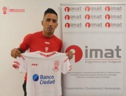 Lucas Barrios es refuerzo de Huracán. Llega libre desde Colo Colo.