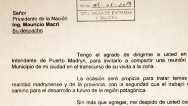 Oficial. La nota municipal con la invitación para el mandatario.