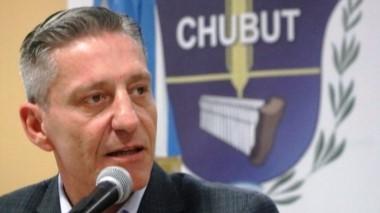 Arcioni criticó a Cambiemos y reclamó acción a la Justicia Federal.