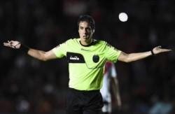 Pablo Echavarria será el encargado de impartir justicia en el duelo entre el líder Boca y Defensa, el domingo a las 20.