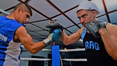 El boxeo profesional hace su regreso a Rawson en el Sum de la Escuela de Arte el sábado 19 de octubre.