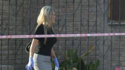 Mónica Castro, detenida. La crónica la refiere como parapsicóloga, pero en el barrio la señalan como