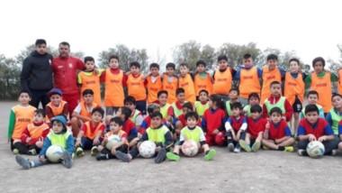 Los 28 chicos de Planta de Gas Junior se medirán con equipos de alto nivel internacional en Santa Fe.