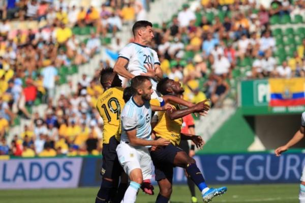 Argentina resolvió el trámite en la primera mitad, donde se fue con tres tantos de diferencia.