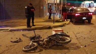 El suceso ocurrió en la esquina de Pecoraron norte esquina avenida Colombia.  El herido fue al hospital.