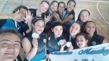 Las chicas Sub 15 de la Escuela Madrynense, dirigidas por Balmaceda, fueron sextas en los Evita Nacionales.