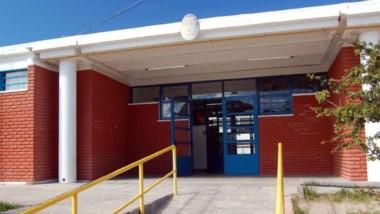 La escuela 728 de Puerto Madryn está tomada por los alumnos.