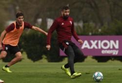 Marcelo Gallardo prepara un elenco alternativo para visitar el viernes a Arsenal.