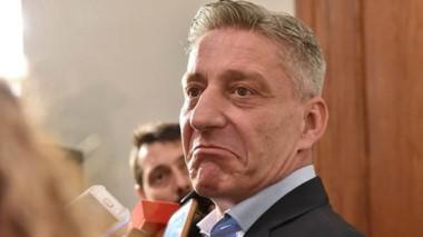 Trío. Una postal similar a la que se dio el viernes, cuando el mandatario buscó nombres de peso para reemplazar a Federico Massoni.