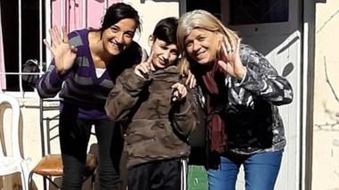 Luchadores. Anabela (Mamá ), Tiziano Caretti y Mercedes (Abuela) protagonistas de una vida sacrificada.