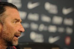 Juan Antonio Pizzi en conferencia de prensa: