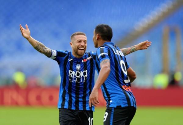 Con dos goles de Muriel y otro del Papu Gómez, Atalanta igualó con Lazio.