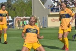 Boca le quitó el invicto a San Lorenzo con una goleada y se subió a lo más alto en el torneo femenino.