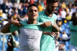 Lautaro Martínez deja al Inter de Milán a un punto del líder Juventus.
