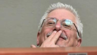 El gesto de Jerónimo, con los bigotes de Hitler